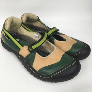 J-41 Green Tan Leather Mary Jane Outdoor Sz 9.5M